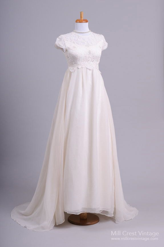 648 best Vintage dresses images on Pinterest | Vintage wedding ...