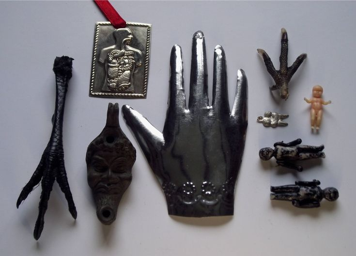 Amulets, Charms, Milagros from Malcolm Lidbury (via Wikimedia Commons)