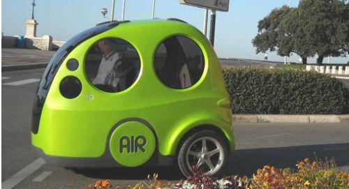 공기로 가는 자동차라니... 생각도 놀랍고 실행력도 놀랍다.