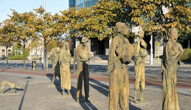 the potato famine essay Irish potato famine cronin 1 throughout the ordeal of the irish potato famine, c 1845 - 1850, people throughout the world formed many different views on the situation those views formed mainly through information fed to world news agencies by the bri.