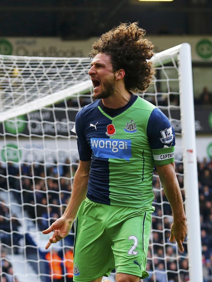 Fabricio #Coloccini celebrates as he scores for #Newcastle