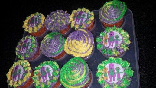 Barney cupcakes by Crèmè de la crèmè Cupcakes