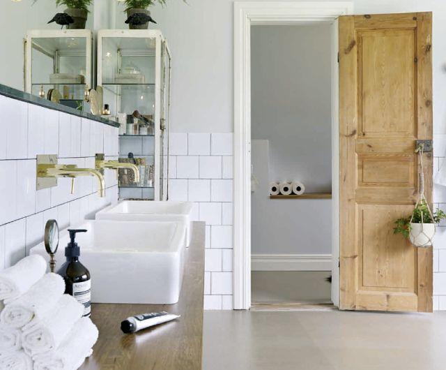 Ett personligt badrum med karaktär