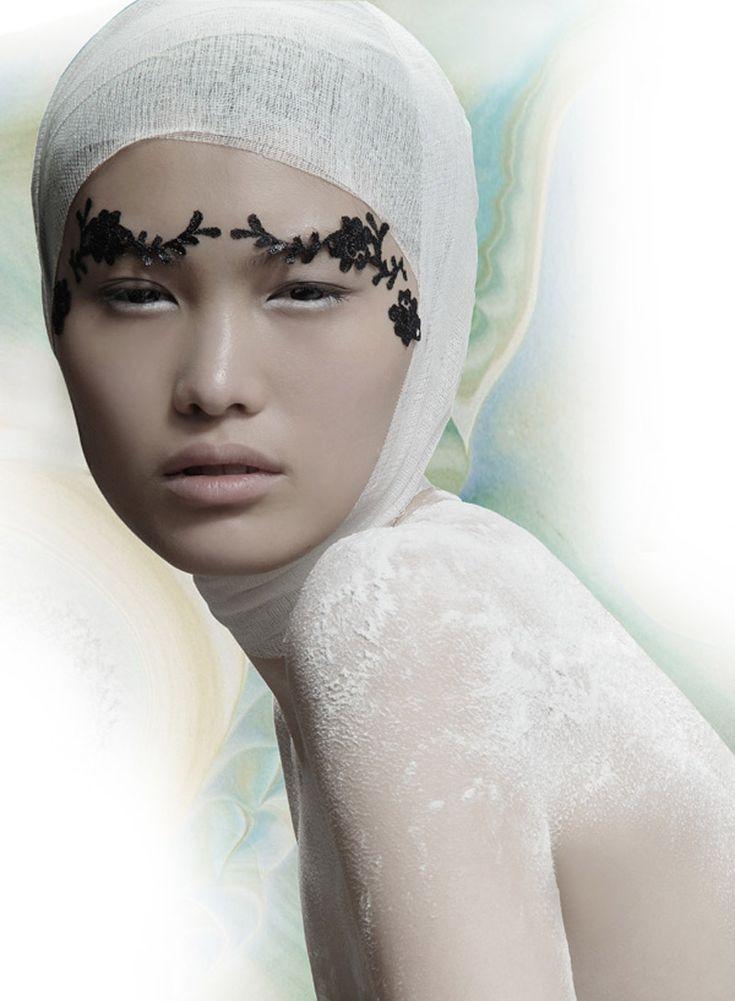 model sui heFace, Eye Makeup, Fashion Models, Brows, White, On, Photoart Fashion Beautiful, Fashion Photography, Feelings