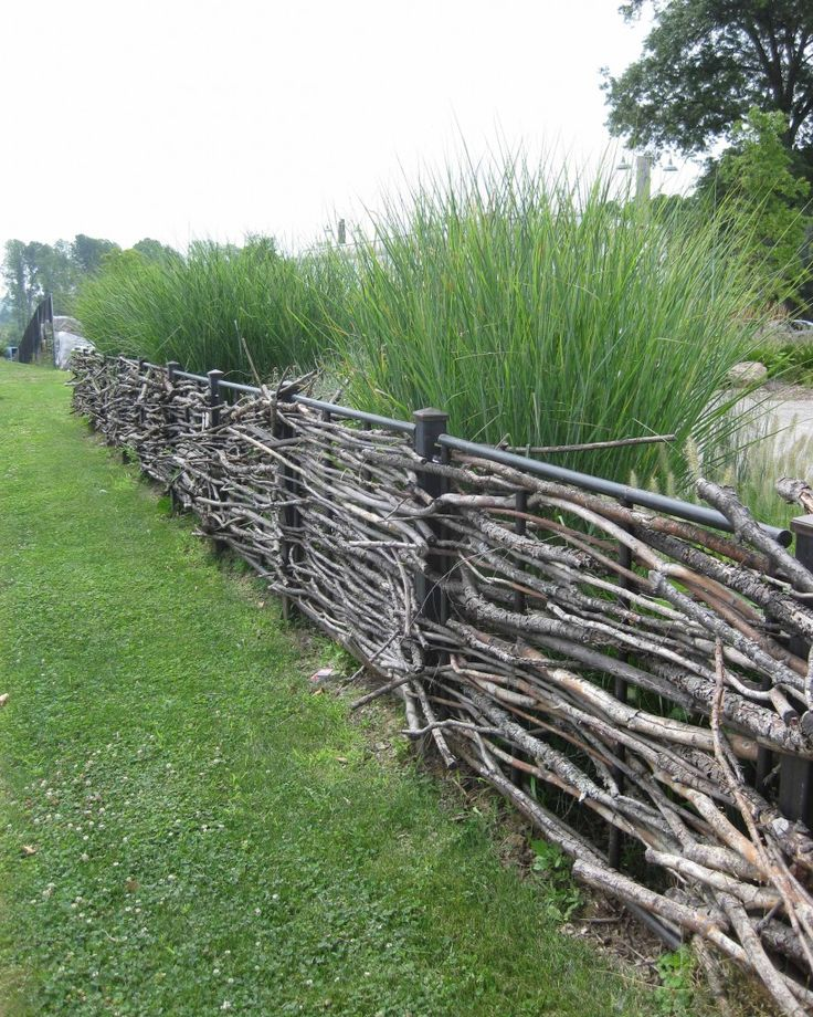 stick fence - I like the idea, but not very practical. Perhaps for the front yard? If time were to ever permit?