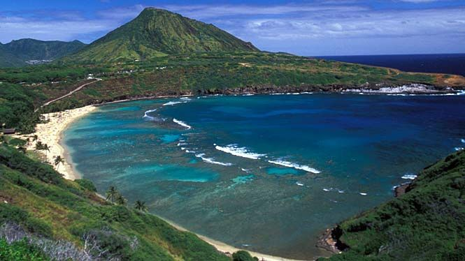 Hanauma-Bay in Hawaii is one my favorite places snorkeling was so fun here!