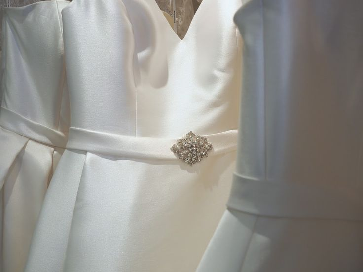 How to transport your wedding dress?