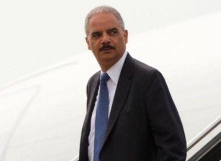Eric Holder Blasts 'Dangerous/Unfit' Trump for Special Prosecutor Threat During Debate