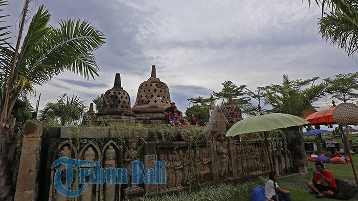 Menelisik Wisata Buatan di Bali, 600 Patung Berdiri Kokoh dengan Background Hamparan Sawah