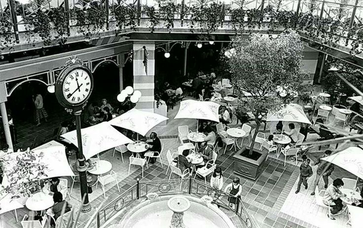 Victoria Food Court, Victoria Centre, Nottingham 1985