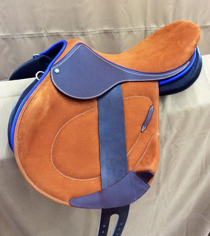 www.horsealot.com, the equestrian social network for riders & horse lovers   Equestrian Fashion : Childéric saddle blue.