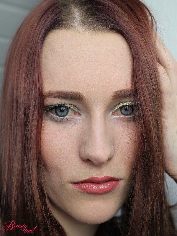 Blaue Augen mal anders [AMU] | Beauty and the beam