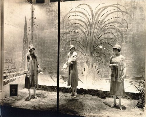106 best images about millinery boutiques on pinterest for 1920s window