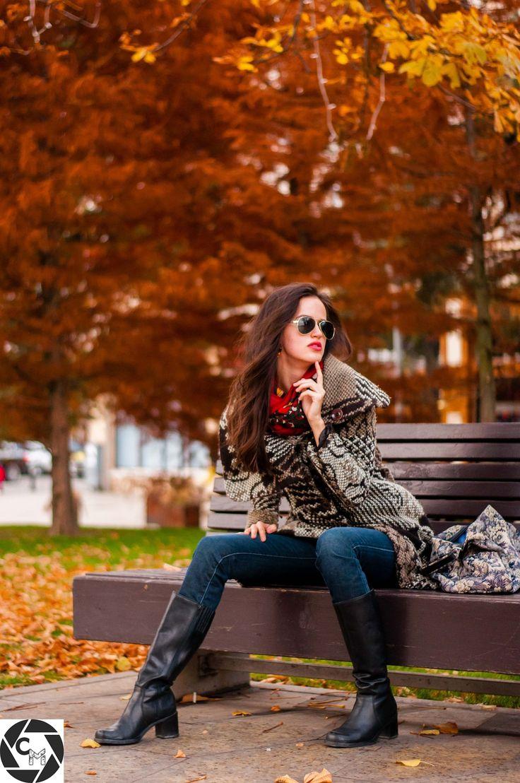 Autumn Glam Girl - null