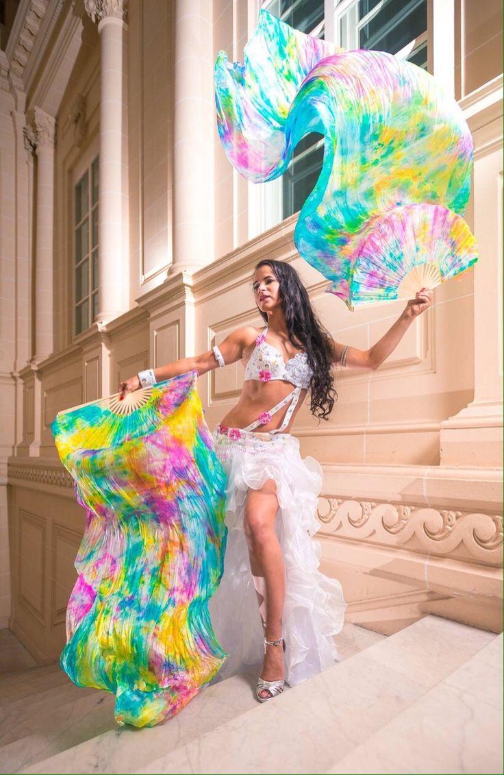Bellydancer - dansöz - bellydance costume - Oriental Dance - Bauchtanz - Orientalischer Tanz Shooting for the Mirabeque dance store #veil #fächerschleier #bauchtanz #dancecostume #bellydance