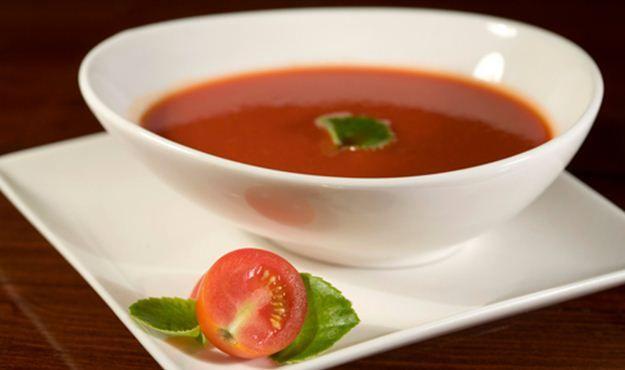 Bazsalikomos paradicsomleves - Fűszeresen ínycsiklandozó | Femcafe