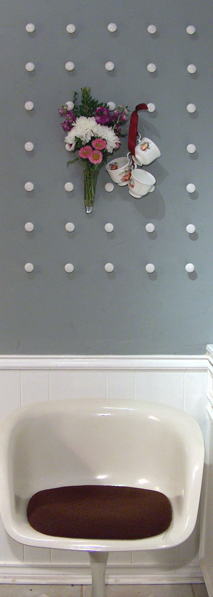 DIY: knob wall