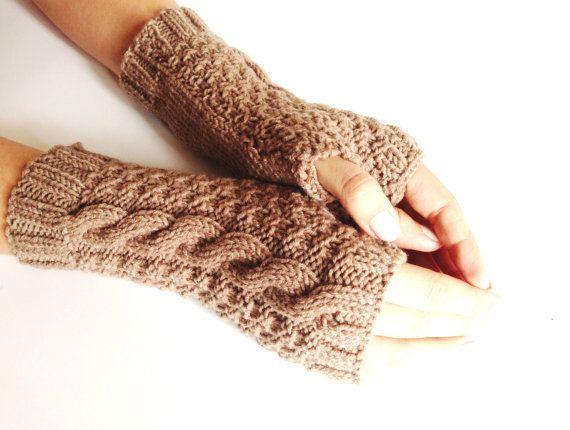 Brown Caramel Hazelnut Fingerless gloves  by LaVieBoeretroos