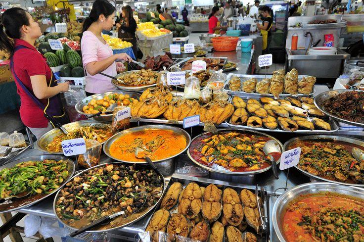 Torna Claudio Pelizzeni e ci racconta dello Stret Food Thailandese!  http://www.ditestaedigola.com/lo-street-food-thailandese-una-cucina-ricca-di-sapori-e-colori/