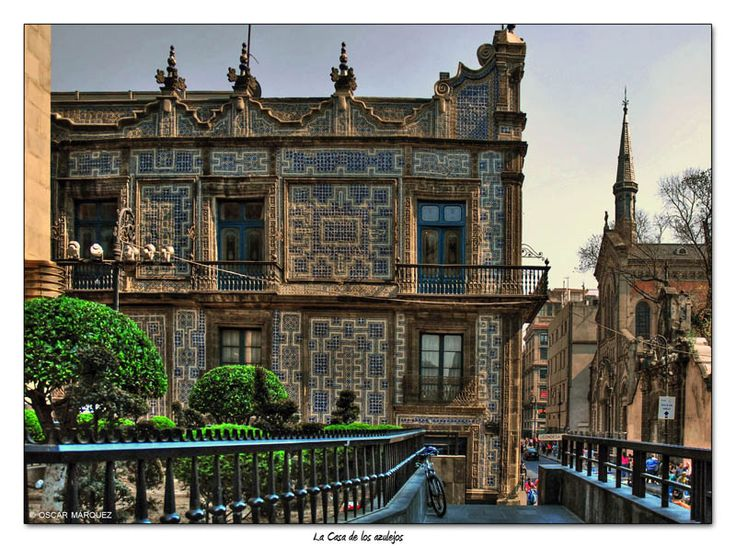 Top 36 ideas about talavera tiles in architecture on for Sanborns azulejos mexico city