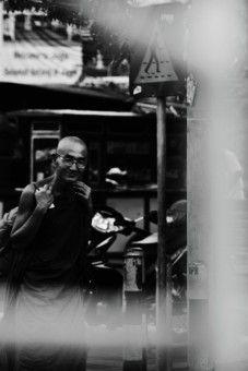 Haryansyah Kasim: seorang dalai lama yang sedang berjalan menuju kuil.
