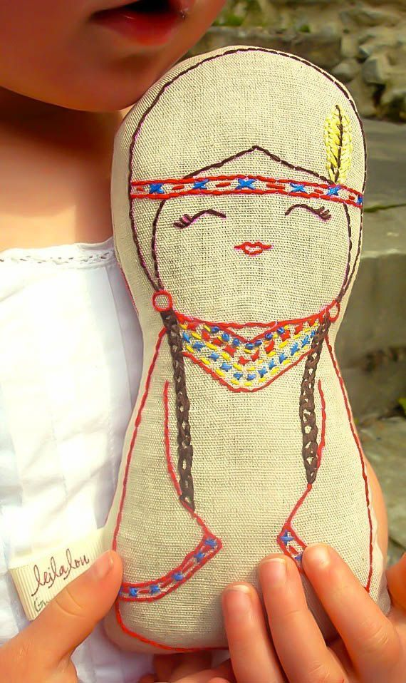 Native American Indian doll/ Linen Plush Doll/ Stuffed von leilalou