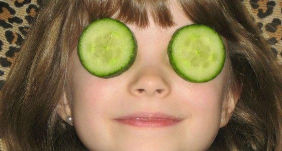 Augenringe loswerden (Olivenöl, Zitronensaft, opt. Quark)