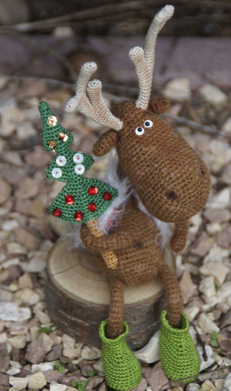Dear Reindeer.....no pattern but so cute!