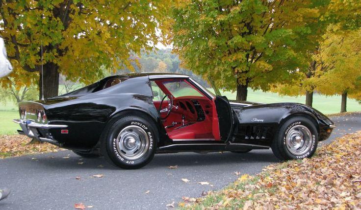 1969 Corvette Stingray Coupe  Para saber más sobre los coches no olvides visitar marcasdecoches.org