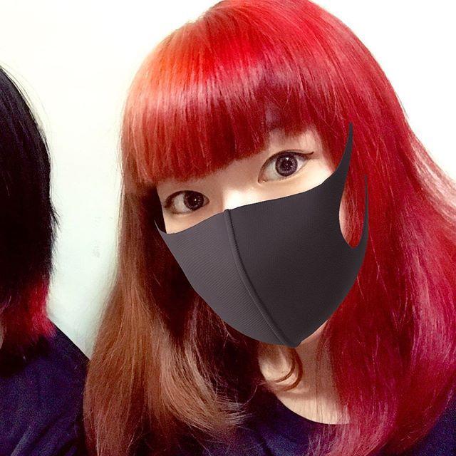 Haruさんはinstagramを利用しています 髪色気に入った ヘアー カラー ヘアカラー 髪染め 髪色 髪 髪色チェンジ 変わった マニパニ マニックパニック Snow アプリ 赤髪 半分 半分赤い 気に入った オシャレ お洒落 髪染め マスク 女 髪 アレンジ