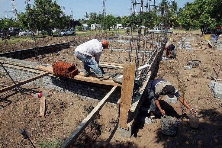 Un total de 714 millones 444 mil 862 pesos se han invertido en las 6 Comunidades Modelo pertenecientes a la región 5: Tepalcatepec, Cenobio Moreno, San Antonio la Labor, Felipe ...