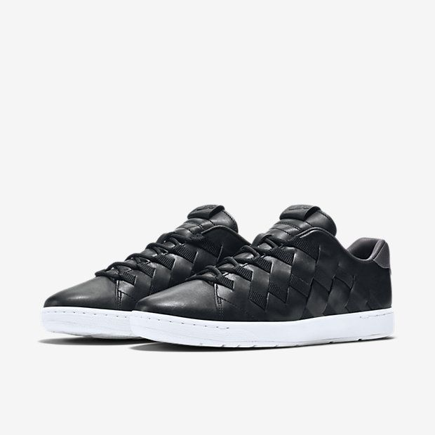 nike tennis classic ultra premium mens shoe