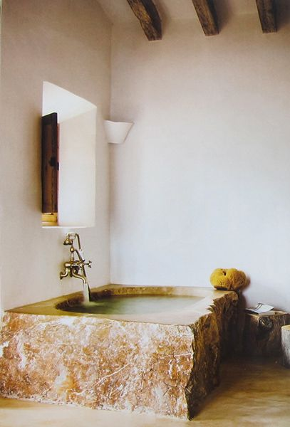 This masterful tub was a full fledged project in itself  Say no more !