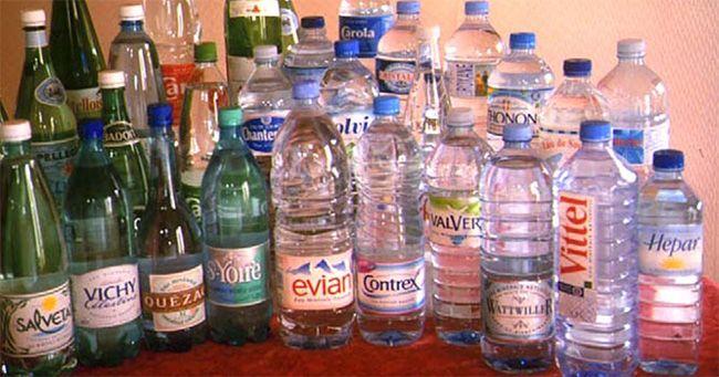 La demande généralisée des consommateurs de produits en plastique exempts de bisphénol-A (BPA), substance chimique contenant des perturbateurs endocriniens, a conduit à des changements positifs et importants dans la fabrication des récipients alimentaires, boissons et eaux. Mais une nouvelle étude d'Allemagne a constaté que des milliers d'autres produits chimiques potentiellement nocifs continuent d'être libérés par …