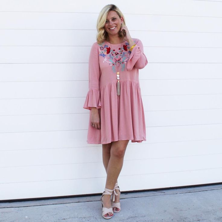 """On Wednesdays we wear pink ... I popped into the @thewhiteowlboutique pop up store in Kangaroo…"""""""