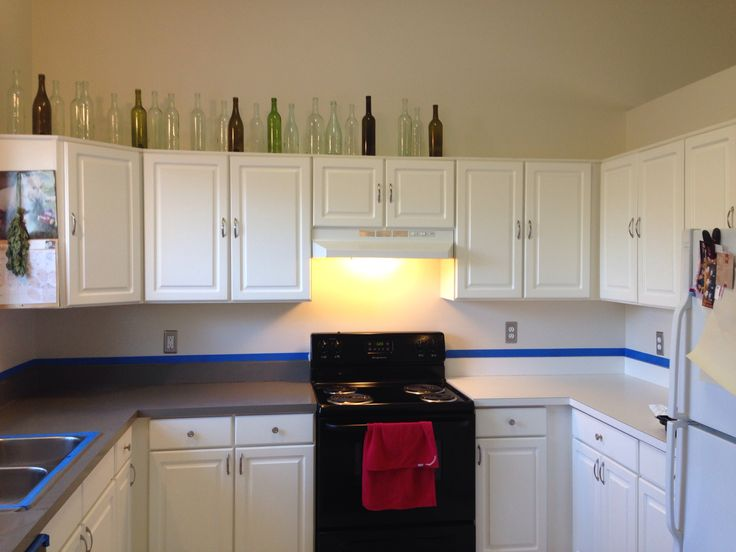 Two hours and $20 to new countertops! Rust-Oleum Countertop Coating in ...