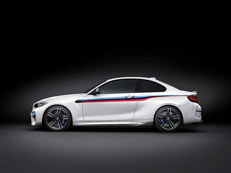 bmw-m2-gets-m-performance-parts_14.jpg 1,600×1,199 pixels