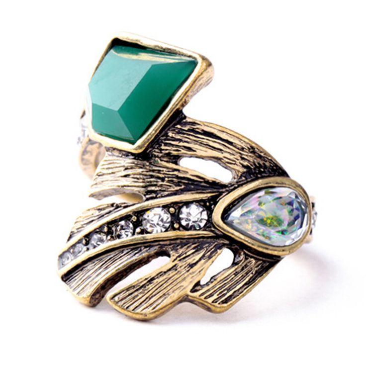 Nieuwe Ontwerp Retro Exquisite Vrouwen Acryl Geometrische Groene Edelsteen Ringen Voor Vrouwen Jurk Accessoires