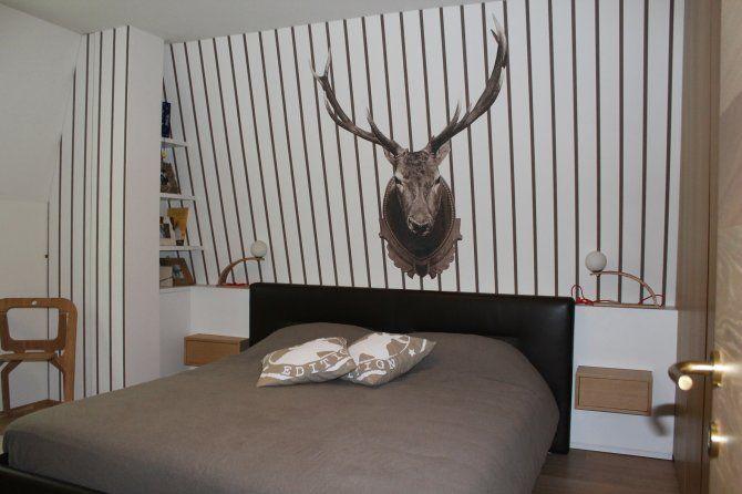Appartamento a Foppolo - interior design - camera da letto matrimoniale con carta da parati Wall&Decò