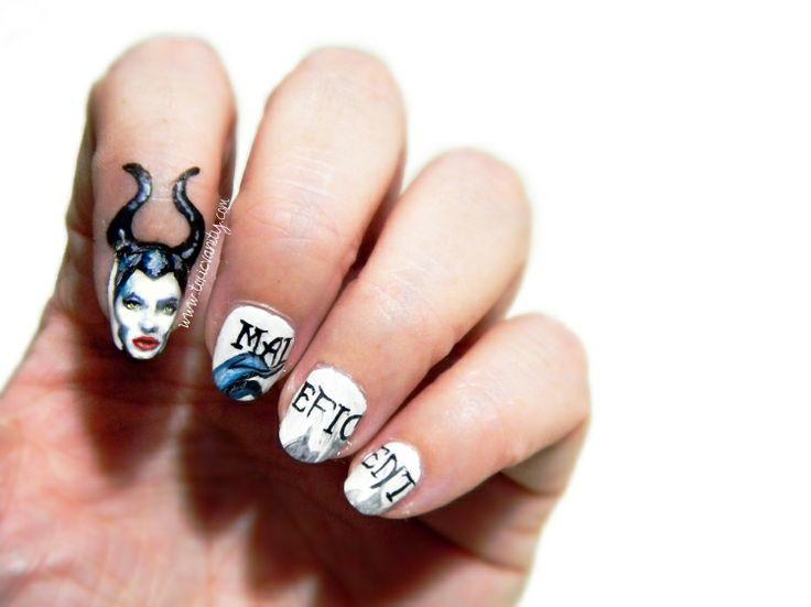Manicure Maleficent | Maleficent nail art | Toxic Vanity