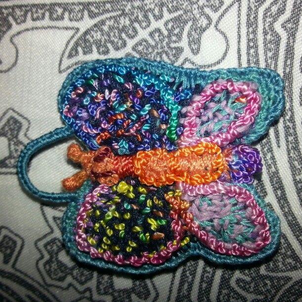 Farfalla in stile TEMARI ....interamente creata in cone e ricamata in seta!!!