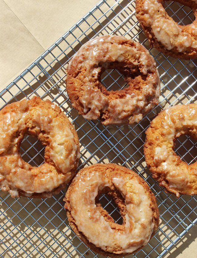 Glazed Apple Cider Doughnuts - going to try with Your Inspiration at Home Apple Pie baking spice!  #YIAH  |  http://www.facebook.com/YIAHKelly