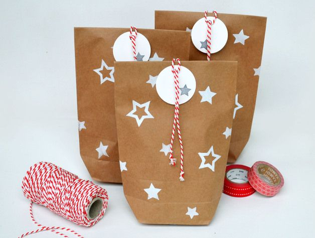 Geschenkverpackung Sterne // gift wrapping stars via DaWanda.com