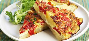 This famous omelette is made with eggs, onion and potatoes. The onion and potatoes can be cooked in advance and added to the omelette mixture just before cooking.