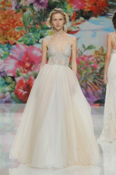 Vestidos de novia línea A 2017: 40 diseños para lucir una figura estilizada y entallada Image: 16