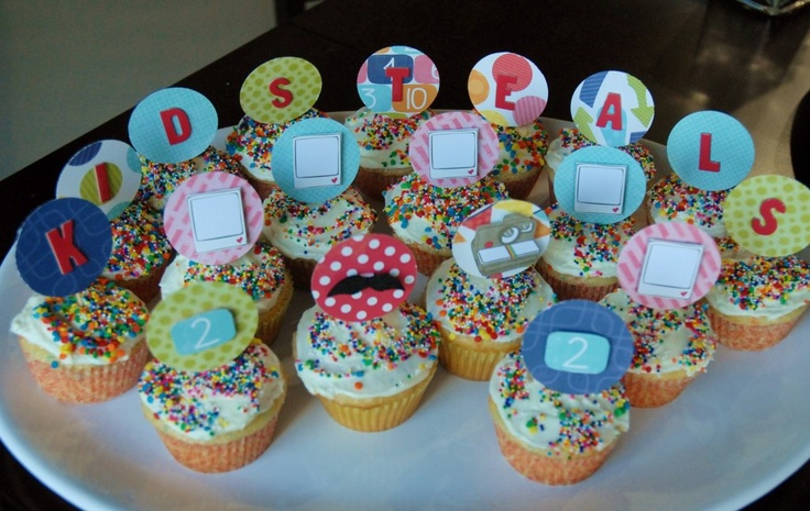 Easy way to make cupcake toppers