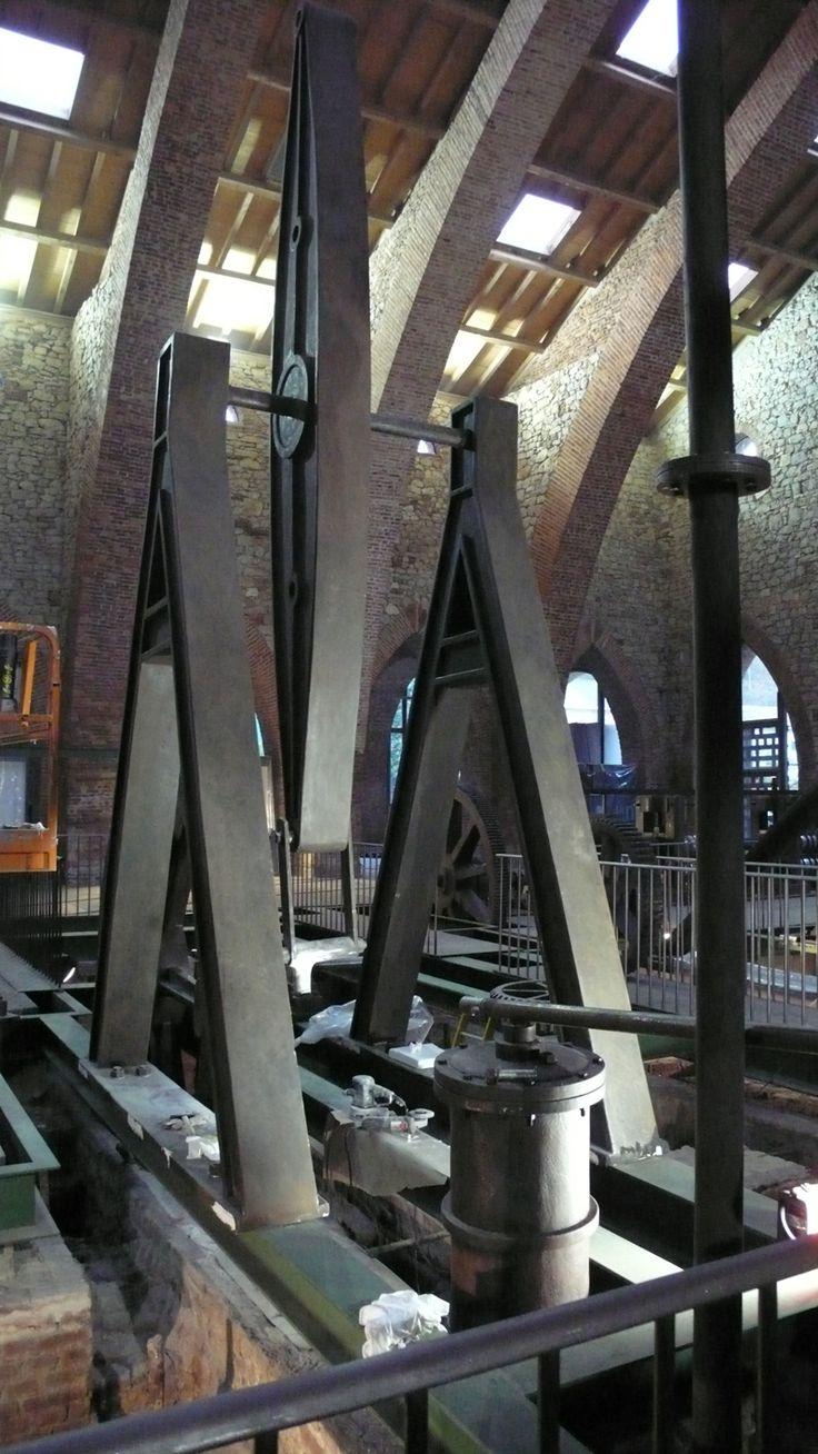 Reconstrucción de la maquinaria en la Ferrería de San Blas tal y como se implató en la misma ubicación en 1850. Museo de la Siderurgia y de la Minería de León. Réplicas a escala real realizadas por: www.troppovero.com
