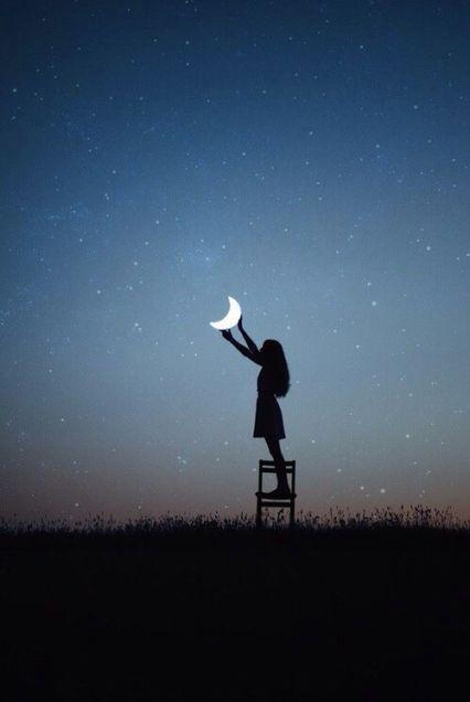 she sets the moon.