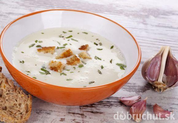 Cesnaková krémová polievka