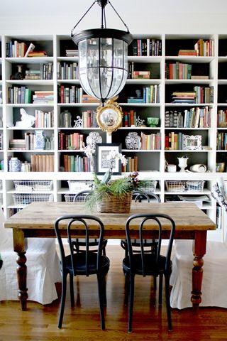 Dining room with built-in bookshelves @emilyaclark